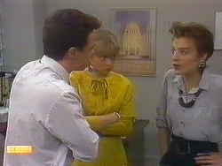 Paul Robinson, Jane Harris, Gail Robinson in Neighbours Episode 0879