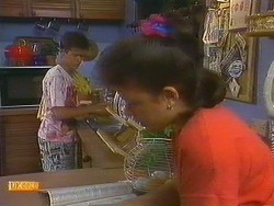 Todd Landers, Lucy Robinson in Neighbours Episode 0881