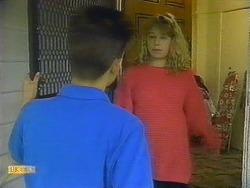 Todd Landers, Carolyn Woodhouse in Neighbours Episode 0882