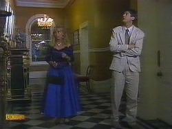 Jane Harris, Joe Mangel in Neighbours Episode 0882