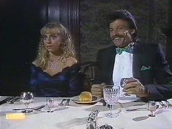 Jane Harris, Mark Granger in Neighbours Episode 0882