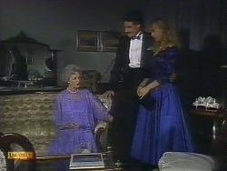 Mrs. Granger, Mark Granger, Jane Harris in Neighbours Episode 0882