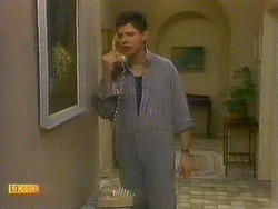 Joe Mangel in Neighbours Episode 0883