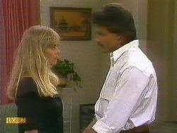 Jane Harris, Mark Granger in Neighbours Episode 0883
