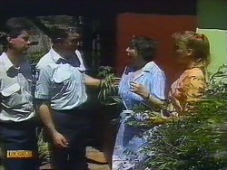 Police Officer, Edith Chubb, Bronwyn Davies in Neighbours Episode 0883