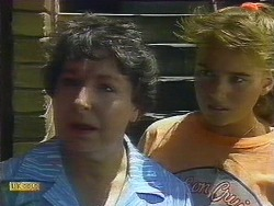 Edith Chubb, Bronwyn Davies in Neighbours Episode 0883