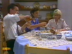 Paul Robinson, Gail Robinson, Helen Daniels in Neighbours Episode 0884