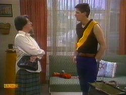 Edith Chubb, Joe Mangel in Neighbours Episode 0884