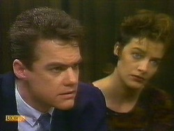 Paul Robinson, Gail Robinson in Neighbours Episode 0885