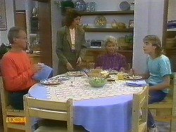Jim Robinson, Beverly Robinson, Helen Daniels, Nick Page in Neighbours Episode 0885