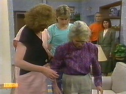 Madge Bishop, Nick Page, Helen Daniels, Jim Robinson, Beverly Robinson in Neighbours Episode 0885