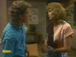 Henry Ramsay, Madge Bishop in Neighbours Episode 0885