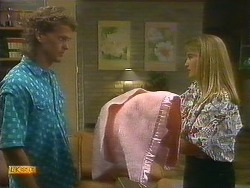 Henry Ramsay, Bronwyn Davies in Neighbours Episode 0885