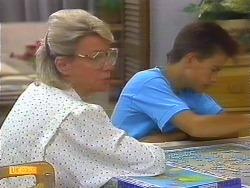 Helen Daniels, Todd Landers in Neighbours Episode 0889