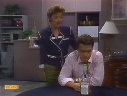 Gail Robinson, Paul Robinson in Neighbours Episode 0889