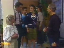 Helen Daniels, Paul Robinson, Todd Landers, Gail Robinson, Beverly Marshall, Jim Robinson in Neighbours Episode 0889