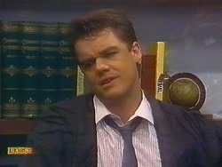 Paul Robinson in Neighbours Episode 0889