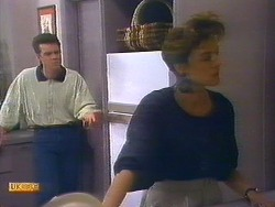 Paul Robinson, Gail Robinson in Neighbours Episode 0890
