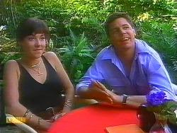 Kerry Bishop, Joe Mangel in Neighbours Episode 0890