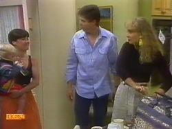 Sky Mangel, Kerry Bishop, Joe Mangel, Jane Harris in Neighbours Episode 0892