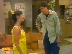 Kerry Bishop, Joe Mangel in Neighbours Episode 0892