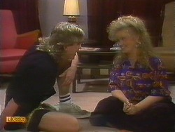 Nick Page, Sharon Davies in Neighbours Episode 0893