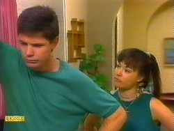 Joe Mangel, Kerry Bishop in Neighbours Episode 0897