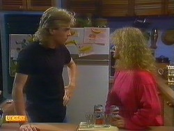 Nick Page, Sharon Davies in Neighbours Episode 0898