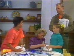 Todd Landers, Helen Daniels, Katie Landers, Jim Robinson in Neighbours Episode 0899