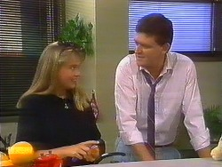 Bronwyn Davies, Des Clarke in Neighbours Episode 0899