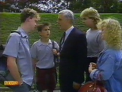 Bruce Zadro, Todd Landers, Kenneth Muir, Nick Page, Sharon Davies in Neighbours Episode 0900