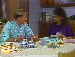 Scott Robinson, Madeline Price in Neighbours Episode 0900