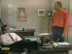 Paul Robinson, Jim Robinson in Neighbours Episode 0901