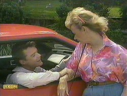 Paul Robinson, Helen Daniels in Neighbours Episode 0901