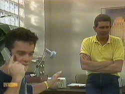 Paul Robinson, Des Clarke in Neighbours Episode 0902