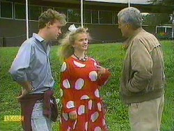 Bruce Zadro, Sharon Davies, Kenneth Muir in Neighbours Episode 0902