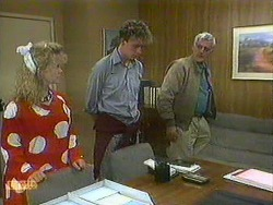 Sharon Davies, Bruce Zadro, Kenneth Muir in Neighbours Episode 0902