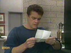 Paul Robinson in Neighbours Episode 0902