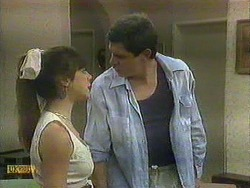 Kerry Bishop, Joe Mangel in Neighbours Episode 0903
