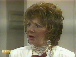 Gloria Lewis in Neighbours Episode 0903