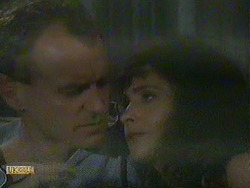 Jim Robinson, Madeline Price in Neighbours Episode 0904