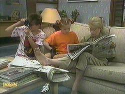 Todd Landers, Katie Landers, Helen Daniels in Neighbours Episode 0905