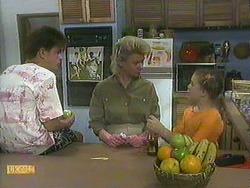 Todd Landers, Helen Daniels, Katie Landers in Neighbours Episode 0905