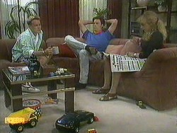 Scott Robinson, Mike Young, Jane Harris in Neighbours Episode 0905
