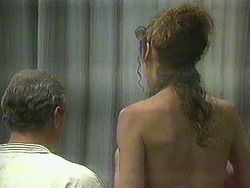 Jim Robinson, Madeline Price in Neighbours Episode 0905
