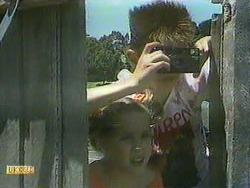 Katie Landers, Todd Landers in Neighbours Episode 0905
