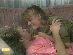 Henry Ramsay, Bronwyn Davies in Neighbours Episode 0906