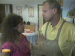 Madeline Price, Jim Robinson in Neighbours Episode 0907
