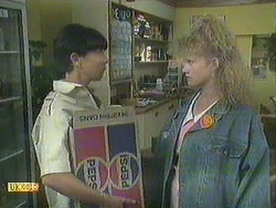 Hilary Robinson, Sharon Davies in Neighbours Episode 0907