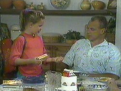 Katie Landers, Jim Robinson in Neighbours Episode 0908